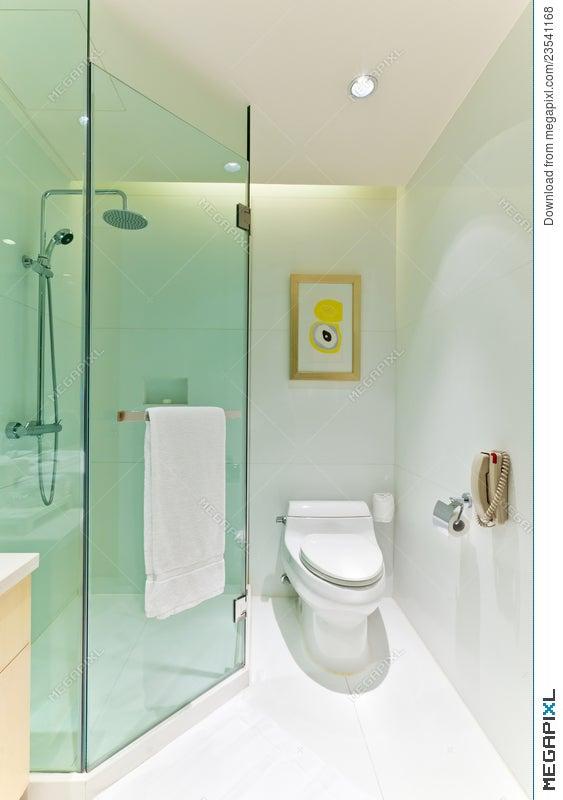 Bathroom 4 Stock Photo 23541168 - Megapixl