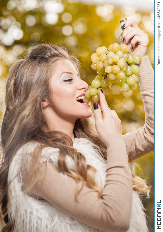 Young Woman Eating Grapes Outdoor Sensual Blonde Female