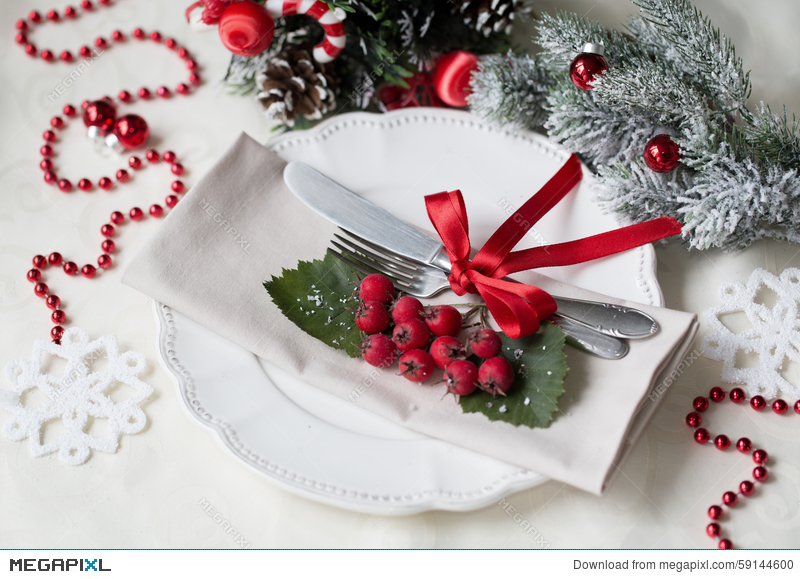 christmas and new year holiday table setting celebration place setting for christmas dinner - Christmas Dinner Decorations