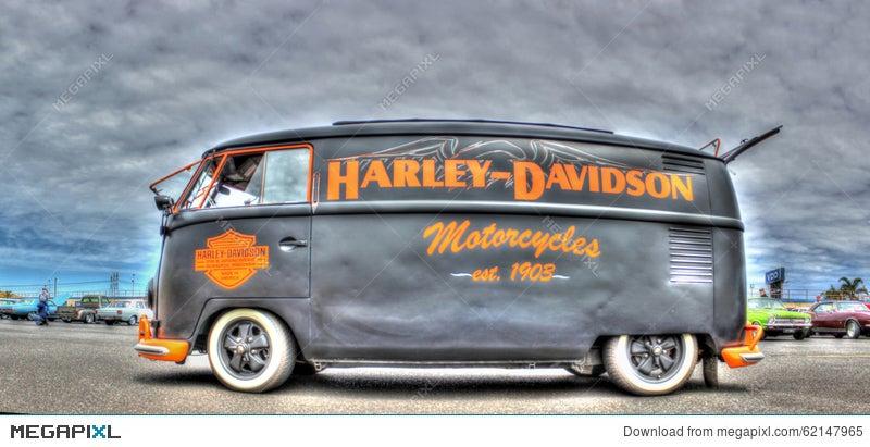 Harley Davidson Colors >> Vw Kombi Painted In Harley Davidson Colors Stock Photo