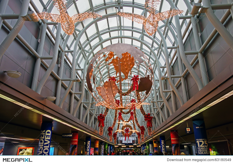 christmas decorations ohare airport chicago - Chicago Christmas Decorations